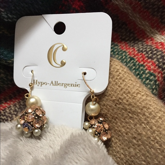 Charming Charlie Jewelry Rose Gold And Pearl Earrings Poshmark